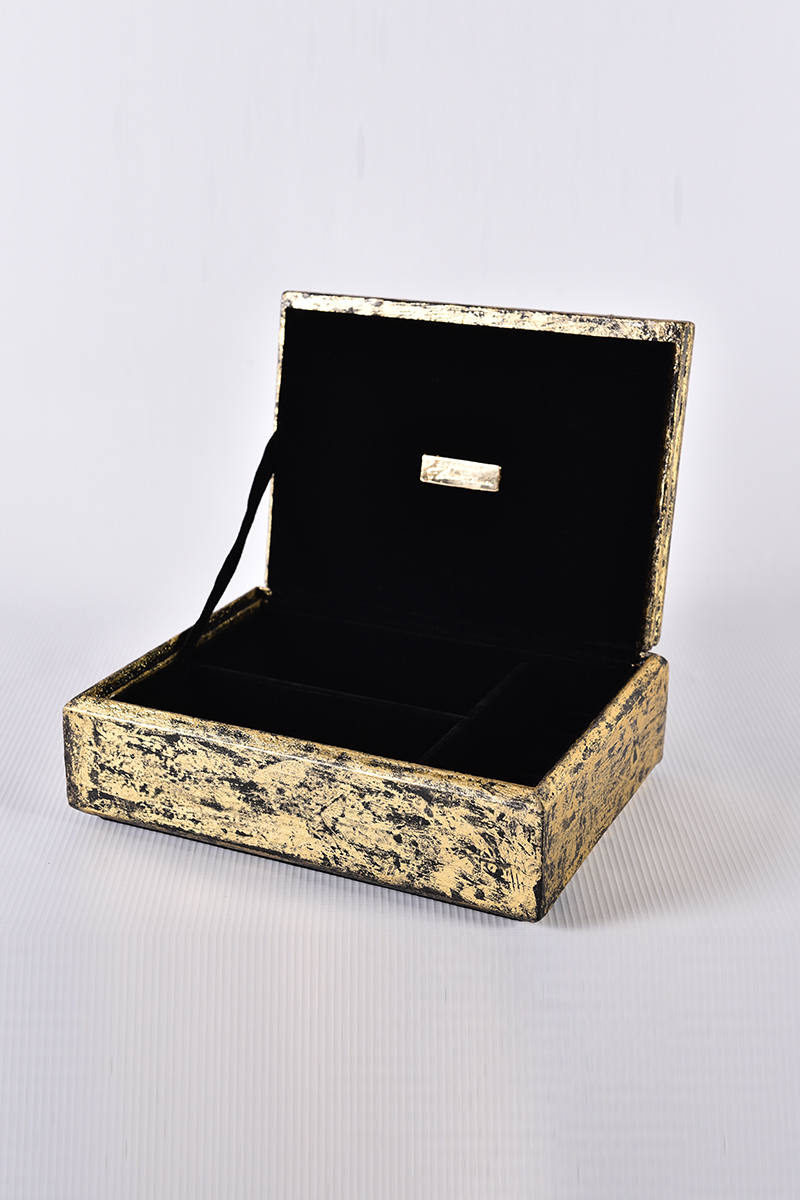 Picture of Purity (black leaf box)