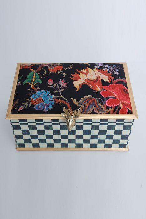 MacKenzie Winter box